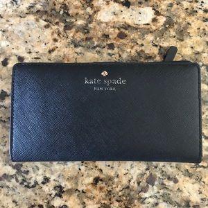 Kate spade Cameron street wallet